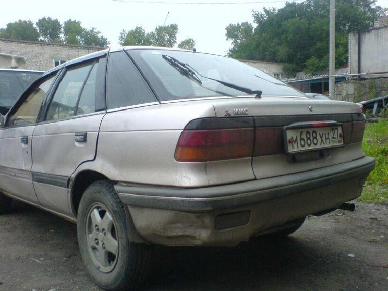 Mitsubishi Lancer IV Hatchback