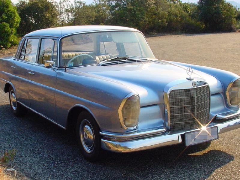 Mercedes-Benz Fintail